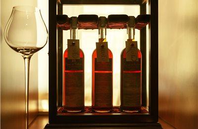 col bt bg cognac embassy 011