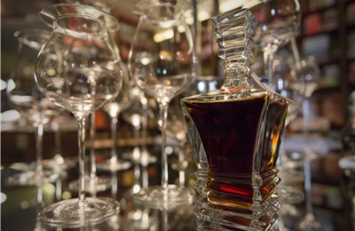 col bt bg cognac embassy 020